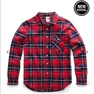 The North Fave plaid red shirt M